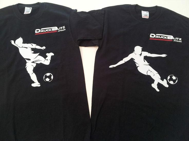 Tolle Fußballshirts als Sponsoring für eine Tombola bei der Jugendmeisterschaft des ASK Leobersdorf.