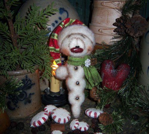"Primitive Frosty Icicle Snowflake Ornament 7"" Snowman Doll Patti's Ratties Bear"