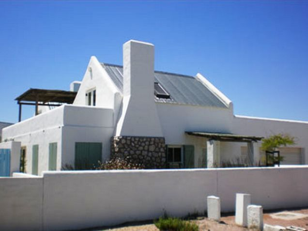Neptunus 2 - This beautifully decorated upstairs unit is situated in the picturesque fishing village of Paternoster, only a mere hour-and-a-half drive from Cape Town.The unit is well furnished with a comfortable double ... #weekendgetaways #paternoster #southafrica