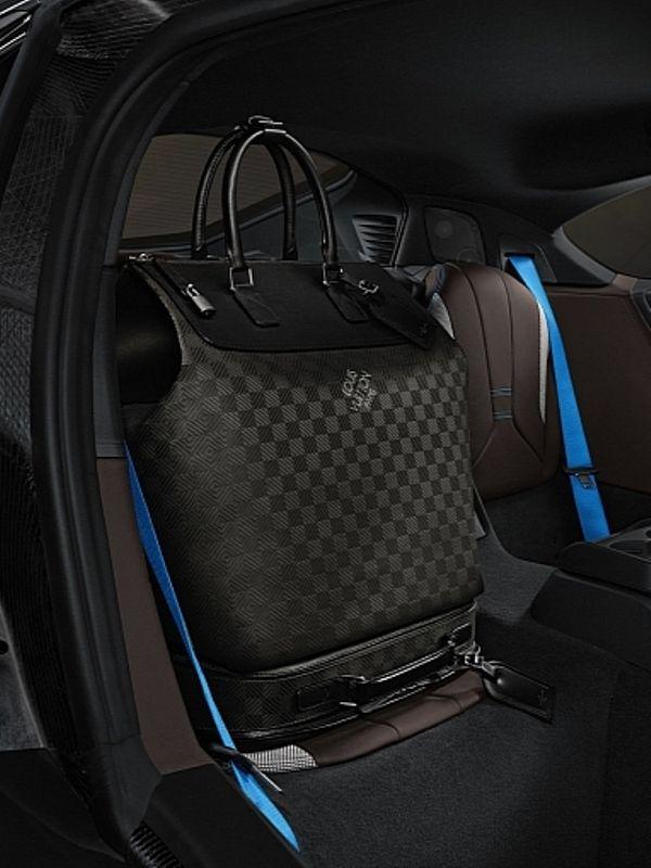 GRAZIA magazin Srbija, Horoskop, Trend, Moda - Shopping 2013 - Elegantan dizajn Louis Vuitton za BMW i8