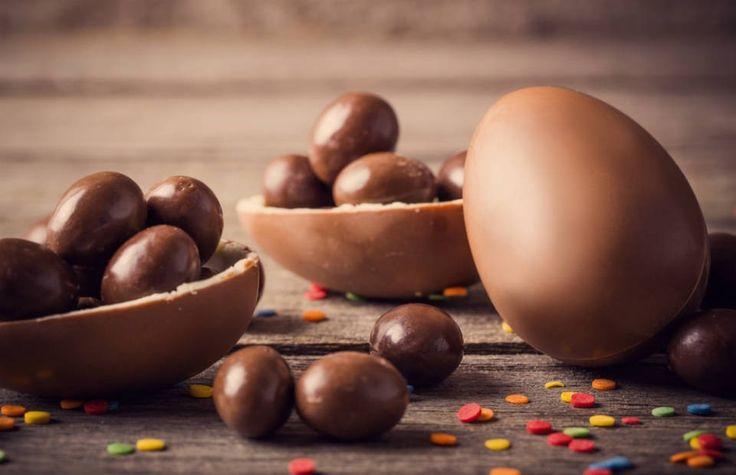 """Destaques para a aula de preparo, modelagem do ovo de chocolate e embalagem, que acontece no dia 3 de março, às 14h, e o """"Especial de Páscoa para Crianças""""."""