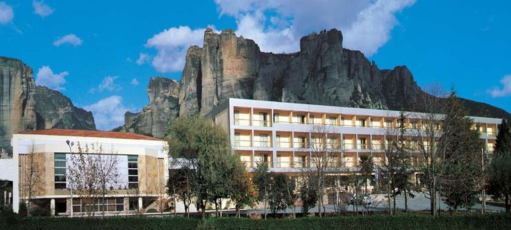 Combine your exploration with a comforting and lavish stay @DivaniMeteora!  Explore the monasteries on the overwhelming rock formations of #Meteora, feel the thrill of the natural scenery surrounding the area and be astounded by the majesty of the #sunset views! http://divanimeteorahotel.com/ #amazing_backdrop #Divine_destination
