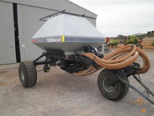Flexicoil 1330 Tow Behind Aircart - http://www.machines4u.com.au/browse/Farm-Machinery/Planting-Seeding-Tillage-194/