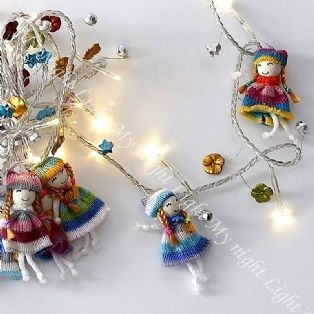 Dollies  - This is just the sweetest set of string lights!