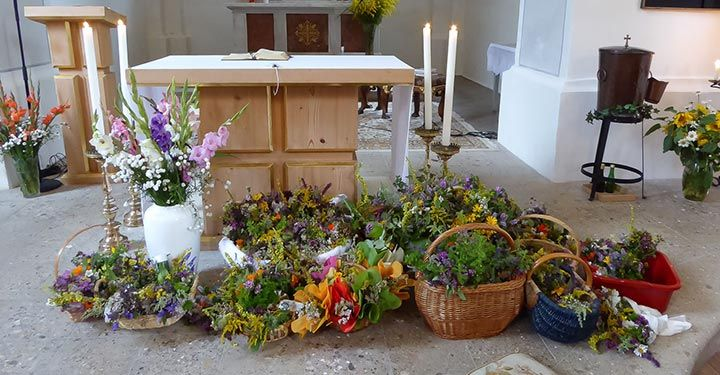 Kräuterweihe-zu-Maria-Himmelfahrt-–-Mariazell-1110892