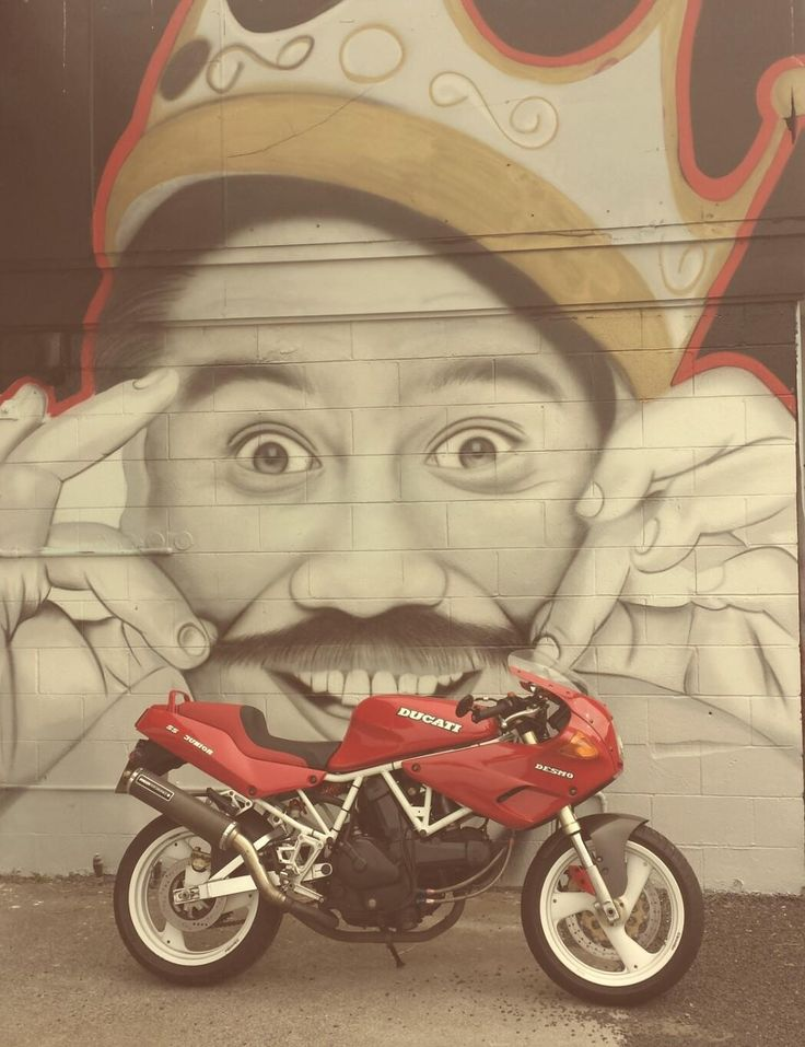 Street Art. Ducati. Billy T James.