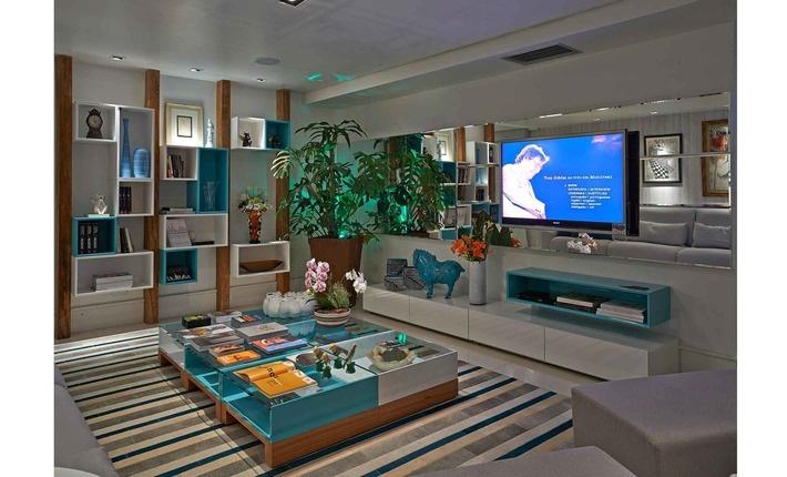 Com 30 M², Foi Criada Para Ser Um Local De Convivência, Com Cores  Confortáveis · Home Theater DesignHome ...