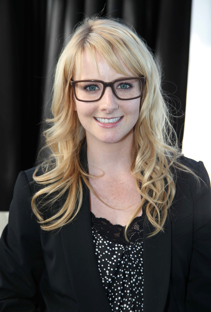 Melissa Rauch | Cast of The Big Bang Theory | Pinterest