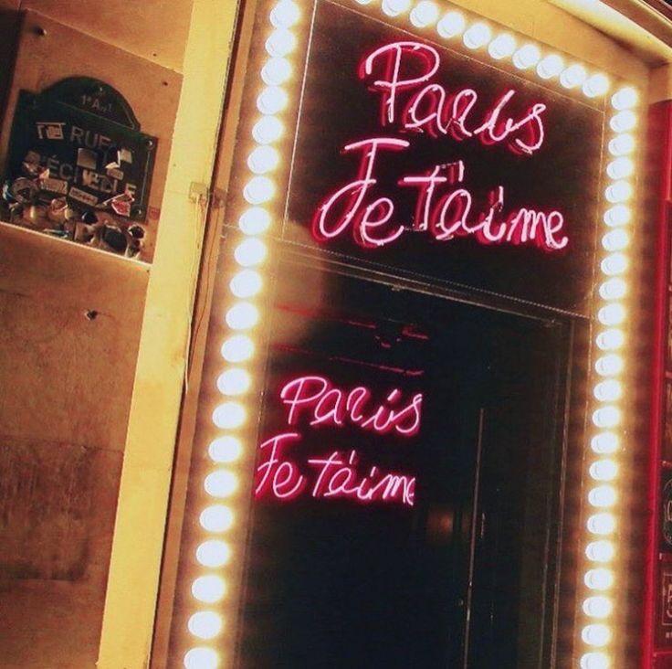 Tonight with Dolce Gabbana. ❤️