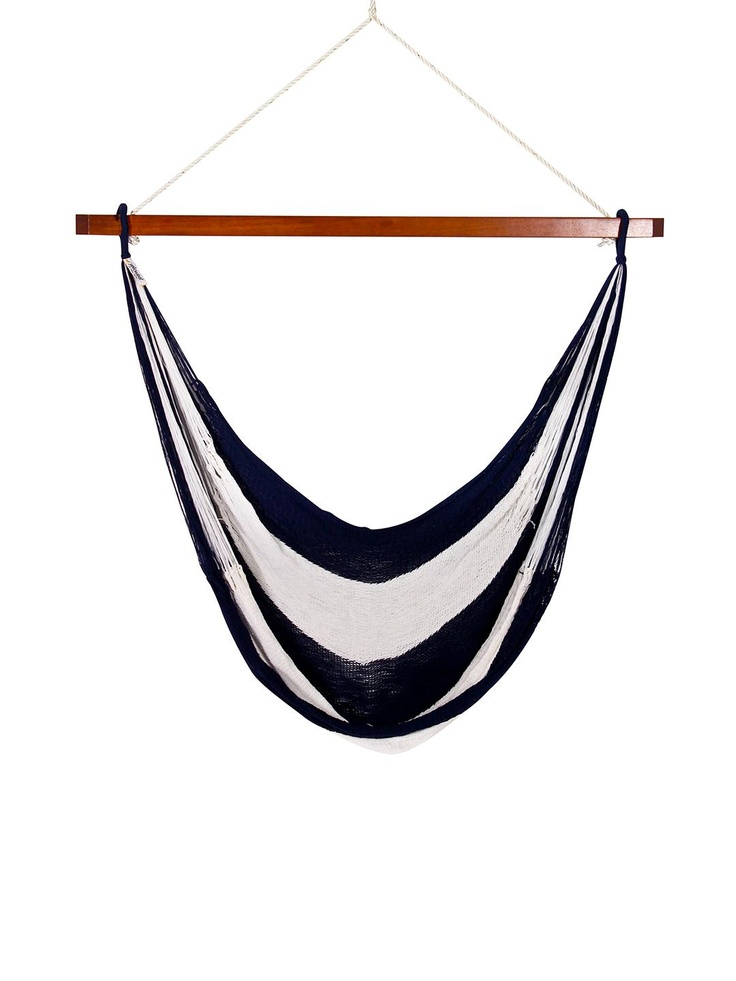 http://www.topratedhammocks.com/standalonehammocks.php has some tips on choosing the right stand alone hammock for your camping and leisure needs.