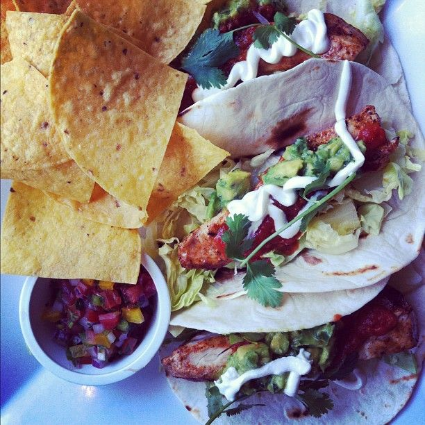 Grilled Fish Tacos.... thanks @hoggerandco