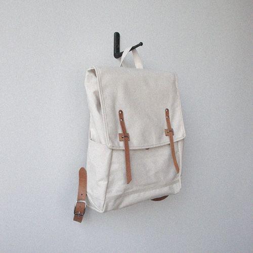 rucksack Accessories Stuff, Pretty Bags, Clothing, White Backpacks, Rucksack Backpacks, Things, Carrie, Bags Pack Mochila, Bags Sho