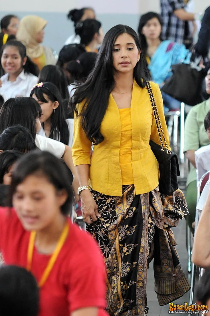 kebaya Indonesia - simple and elegant