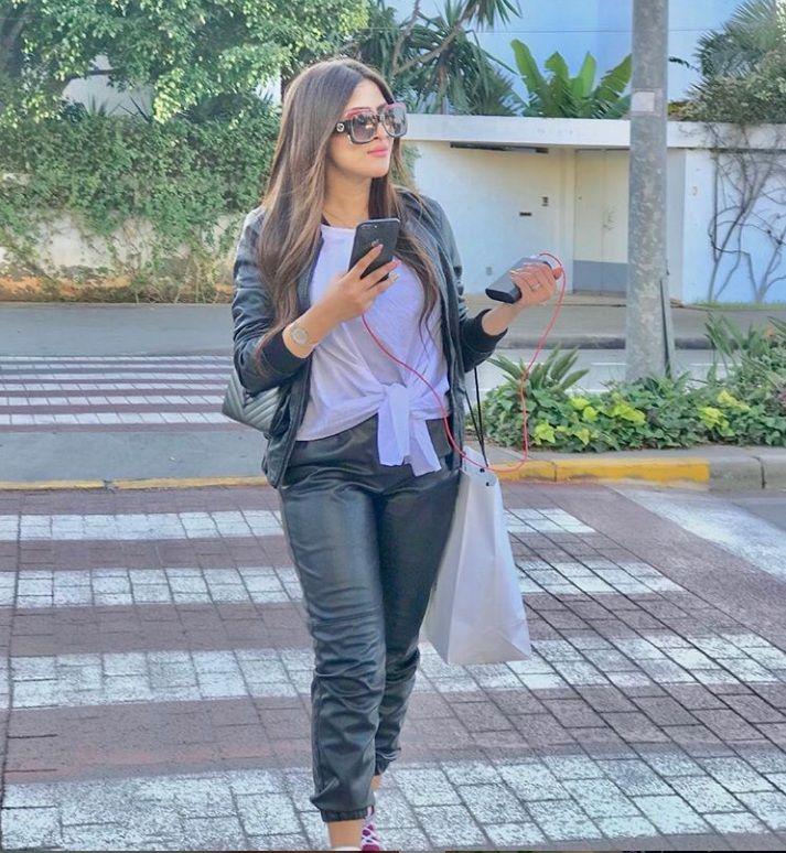 صور امينة كرم 2021 صور بنات المغرب Leather Pants Fashion Pants
