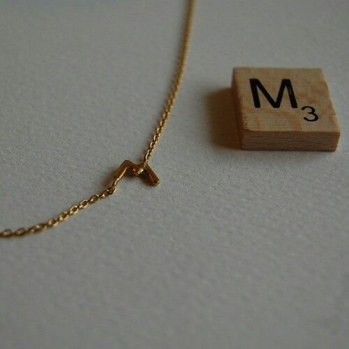 Inicial necklace