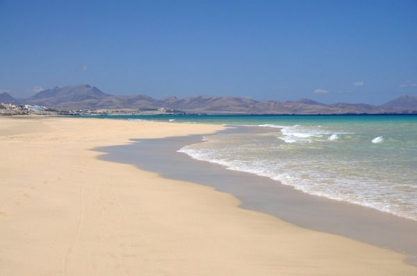 Sotavento, Fuerteventura. Windy and deserted. Perfect.