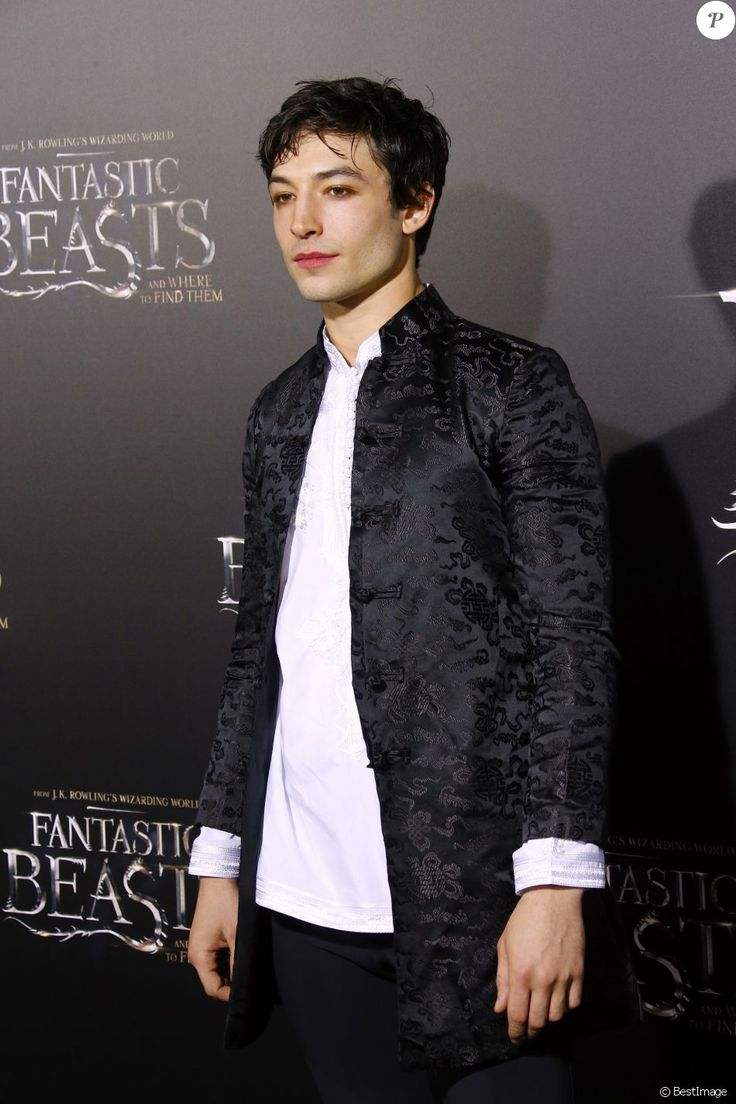 "Ezra Miller lors de la première du film ""Fantastic Beasts and Where to Find Them"" (Les Animaux Fantastiques) au Alice Tully Hall du Lincoln Center à New York, le 10 novembre 2016. © Charles Guerin/Bestimage"