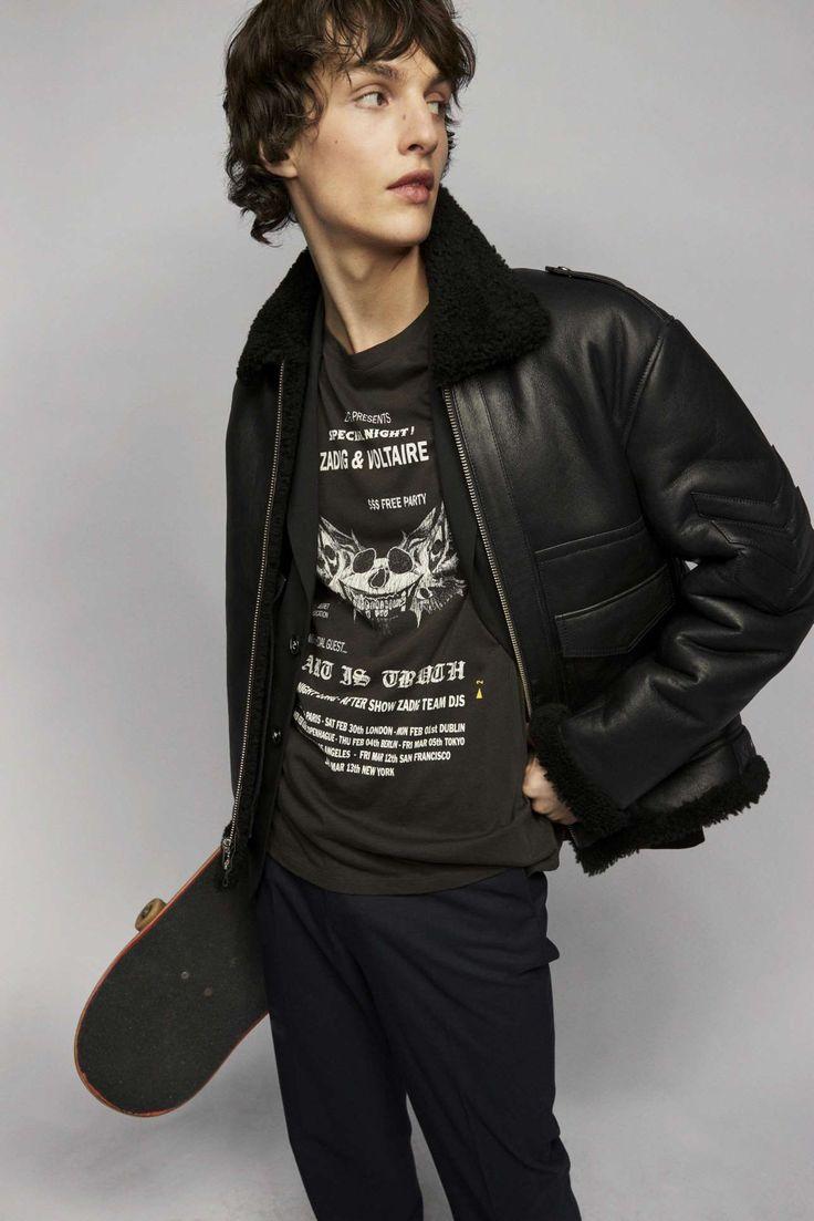 Zadig & Voltaire adapta la irreverencia urbanista a su colección Fall-Winter 2021 Fashion News, Latest Fashion, Fashion Beauty, Fashion Show, Zadig And Voltaire, Parka, Celebrity Style, Ready To Wear, Runway