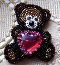 """Брошь """"Мишка """"Рубиновое сердце"""" для Софии."""