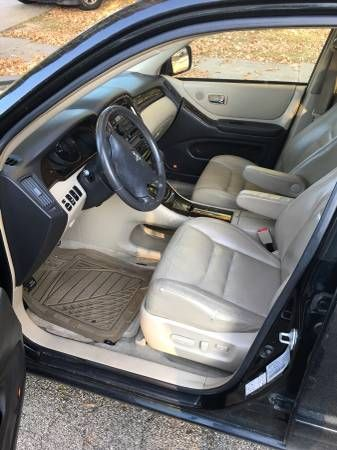 03′ Toyota Highlander Limited 4 WD Leather – auto parts – by owner