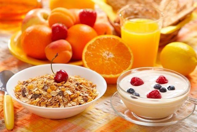 """Πολίτικη Κουζίνα Αλίντα Κανάκη: 3 προτάσεις πρωινού που θα σας """"κρατήσουν"""" όλη μέρ..."""