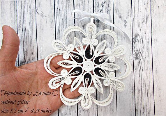 Black/White Snowflake Christmas Tree Ornament-black white
