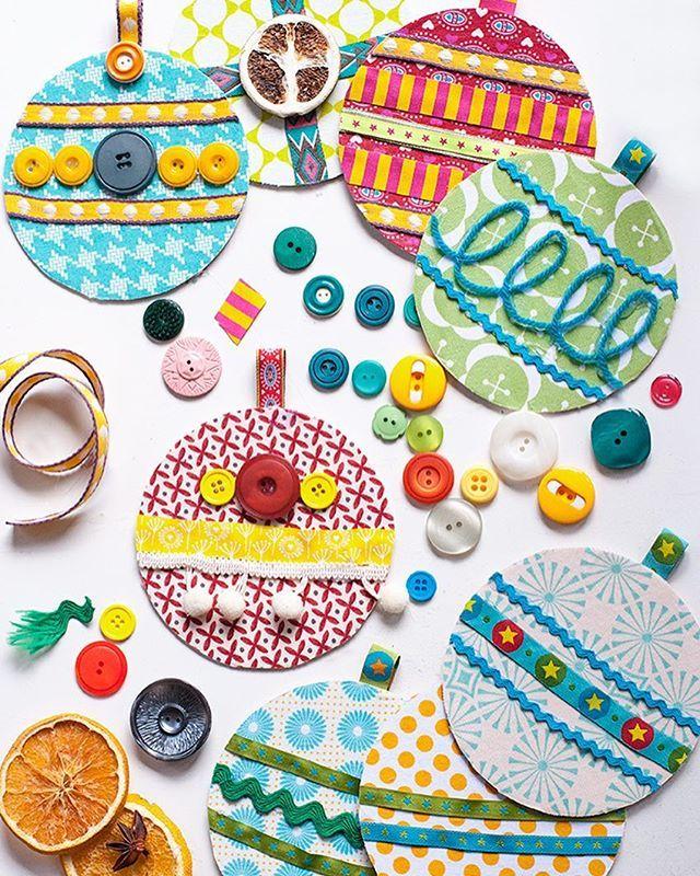 #НовыйГод__all4mammy  А вы будете с детками делать новогодние игрушки? Если да, то вот вам идейка - на картонную основу приклеиваем цветную бумагу или салфетки. Украшаем тем что есть под руками: тесьма, пуговицы, пайетки и другой декор. Такими игрушками можно украсить елку или, например, сделать красивые гирлянды.