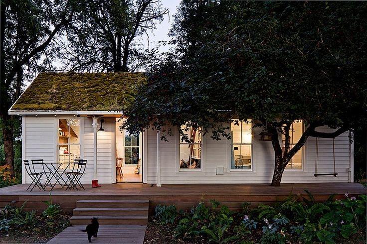 シンプルで小さくて可愛らしい平屋の家.jpg 750×500 ピクセル