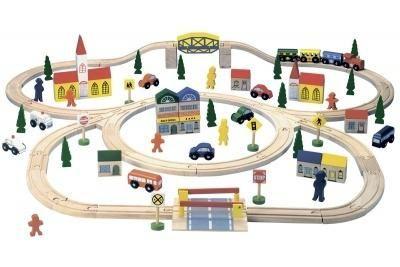 Bino Железная дорога  — 7639р. --------------------------------- В набор входит целый город: машины, дома, люди, дорожные знаки, деревья, поезд с вагонами, а главное саму трассу по которой ездит транспорт, можно выстраивать разными формами. Можно играть самому, с друзьями или с мамой и папой. Состоит из 100 предметов.