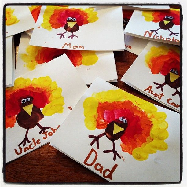 Thanksgiving Name Cards for Table Check out this cool board game for children I found today.