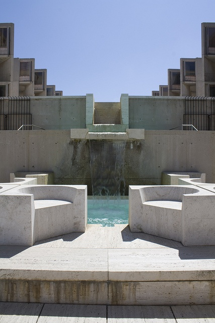a review of louis i kahns unique design the salk institute Jonas salk commissioned the renowned philadelphia architect louis i kahn to design his new institute for biological studies in 1959 together they collaborated and designed a facility uniquely suited to scientific research.