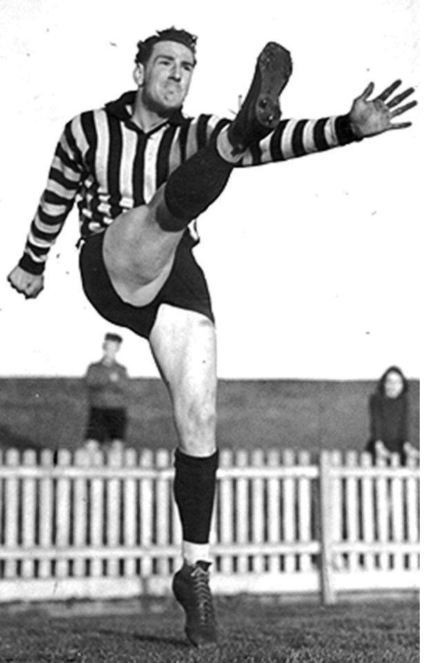 Len Fitzgerald. Played 1945-1962. Games Collingwood 96, Sturt 125. Magarey medal 1952, 1954, 1959.