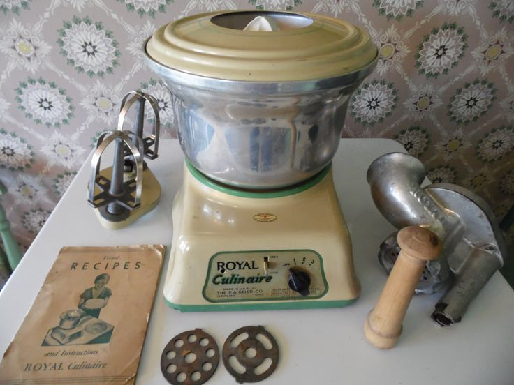 Depression-era Cream and Green Royal Culinaire Food Processor For Your Farmhouse Kitchen