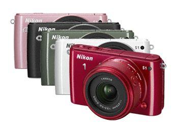 Η Nikon υποδέχεται δύο νέα μέλη στην οικογένεια Nikon 1: την Nikon 1 J3 με το μικρότερο σώμα στον κόσμο1 και την απόλυτα κομψή Nikon 1 S1 — το πρώτο μοντέλο της νέας σειράς S
