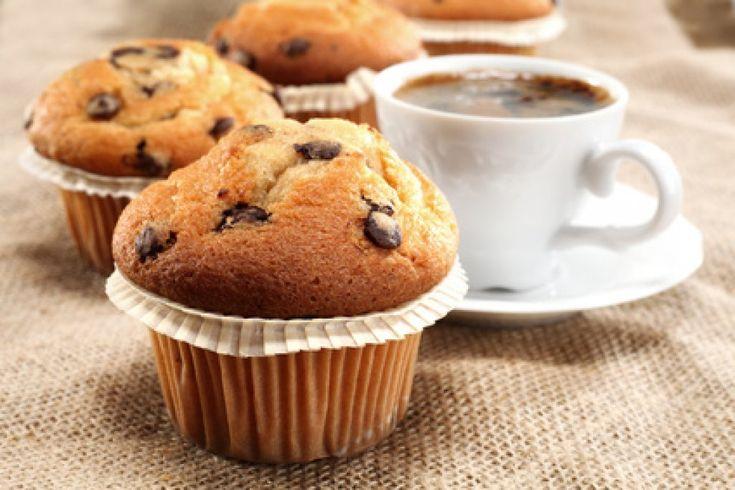 Muffins mit Mandeln und Schokoraspeln Rezept