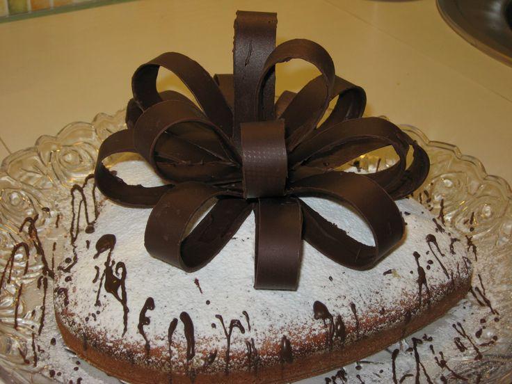 Как сделать шоколадный бант из петель