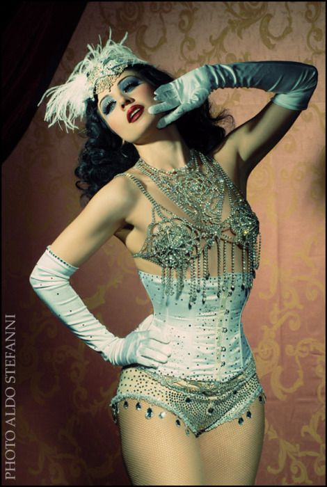 love the cage bra with necklace and the rinestone details on the panties and gloves. buRLesQue ~ Dolly Lamour