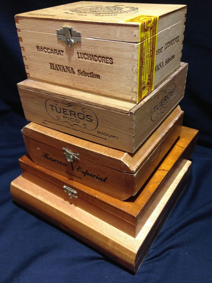 Vintage cigar box lot of 5 premium wooden boxes baccarat for Old wooden box ideas