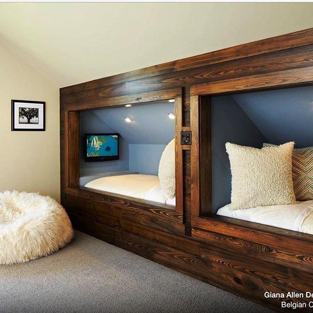 decoracao de interiores sotaos:Aproveitameto máximo de um sótão. Indicação Cris Paola Site Houzz