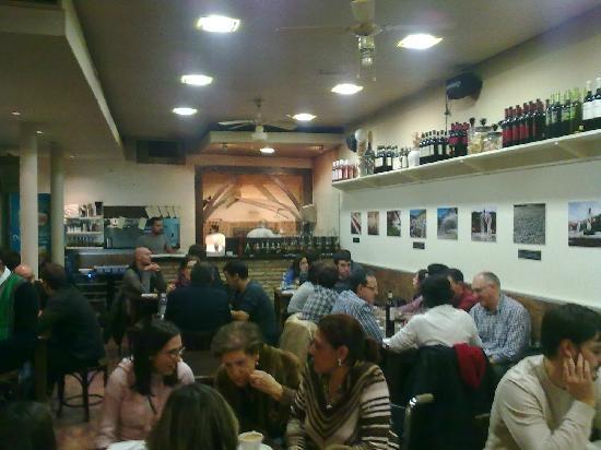 La Pintozzería, Vitoria-Gasteiz. Pizzas en horno de leña a buen precio.