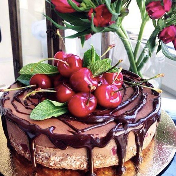 Шоколад-вишня торт без желатина cherry raw vegan cake