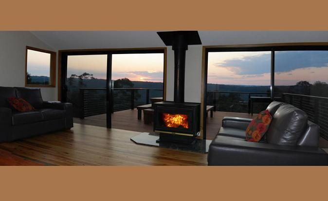Blue Mountains Holiday House, Holiday Accommodation in Wentworth Falls, NSW  www.OzeHols.com.au/47 #VisitNSW #VisitBlueMountains @OzeHols - Holiday Accommodation