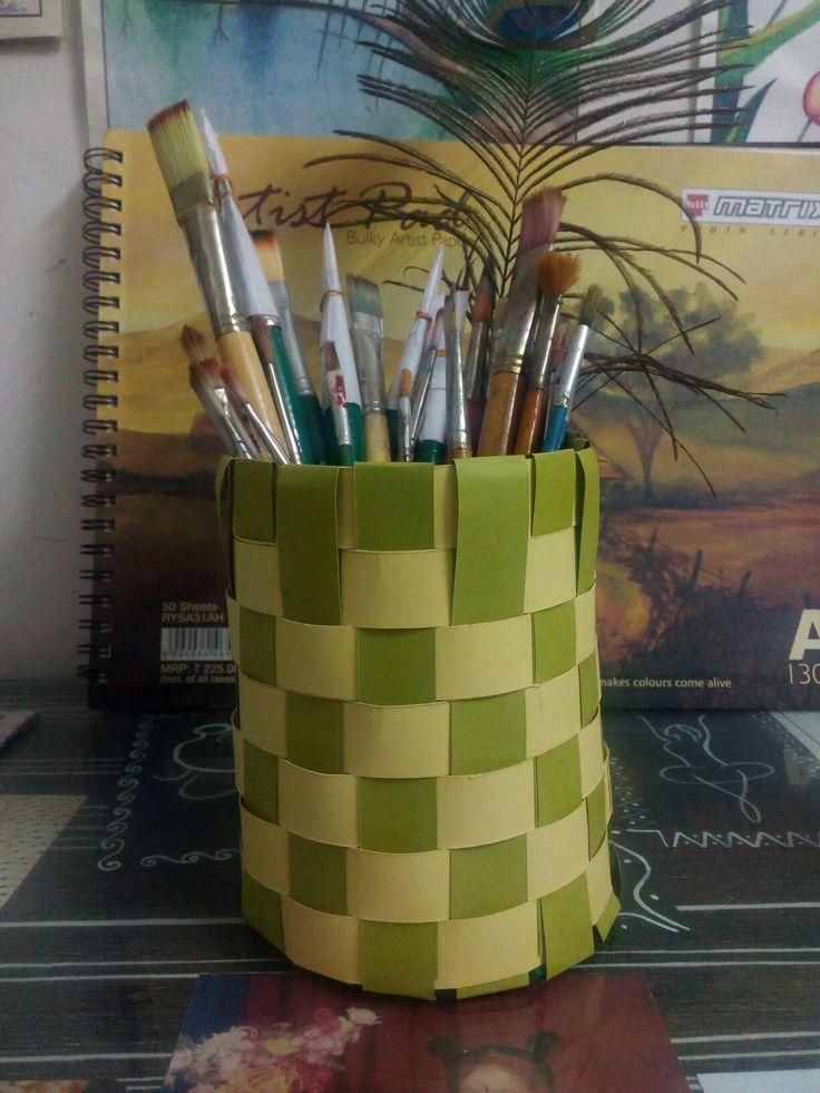 paper strips bucket
