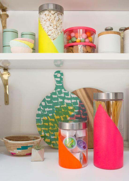 Neon Jar DIY makes your kitchen pop with color! / @Keurig #LiveLoveBrew