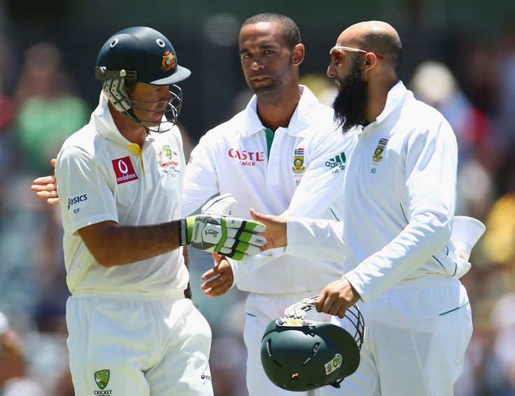 Hashim amla and Robin Peterson congratulate Ricky Ponting ...