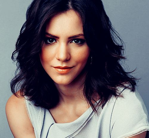 Katharine McPhee. She is still my favorite AI finalist. :)