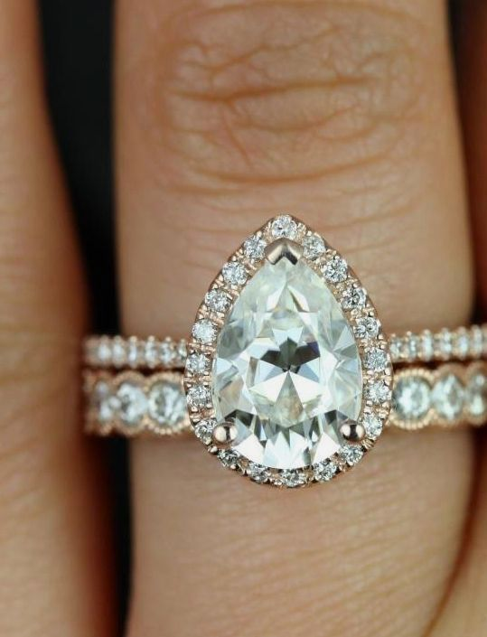 Pin By Christina Barnes On Engagement Rings In 2018 Pinterest