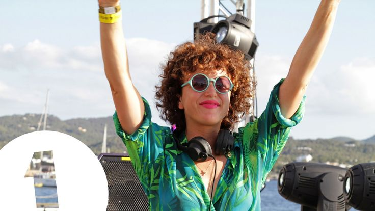 Annie Mac's Summer of Dance - full length documentary.