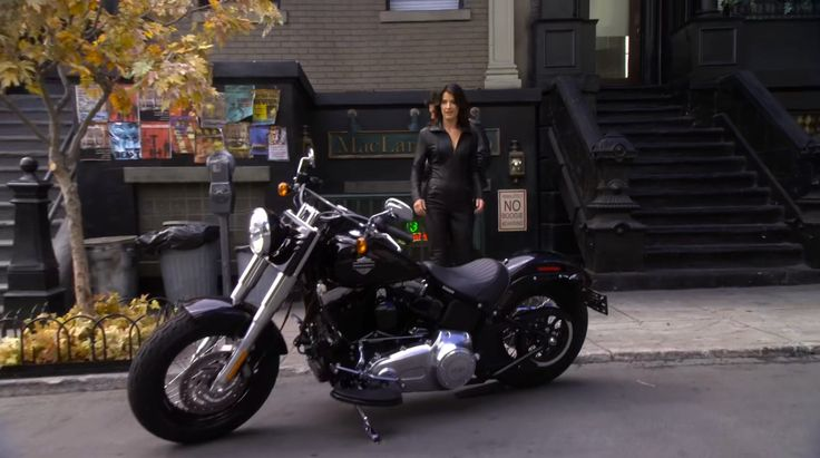 Harley-Davidson Softail Slim motorcycle in HOW I MET YOUR MOTHER: WHO WANTS TO BE A GODPARENT? (2012) @harleydavidson
