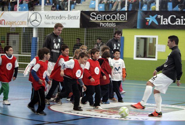 La Gira Movistar Megacracks 2013-14 del equipo Inter Movistar de Futbol Sala se celebrará el próximo jueves 13 de febrero en Medina del Campo http://revcyl.com/www/index.php/deportes/item/2751-la-gira-movistar-megacracks-2013-14-del-equipo-inter-movistar-de-futbol-sala-se-celebrar%C3%A1-el-pr%C3%B3ximo-jueves-13-de-febrero-en-medina-del-campo